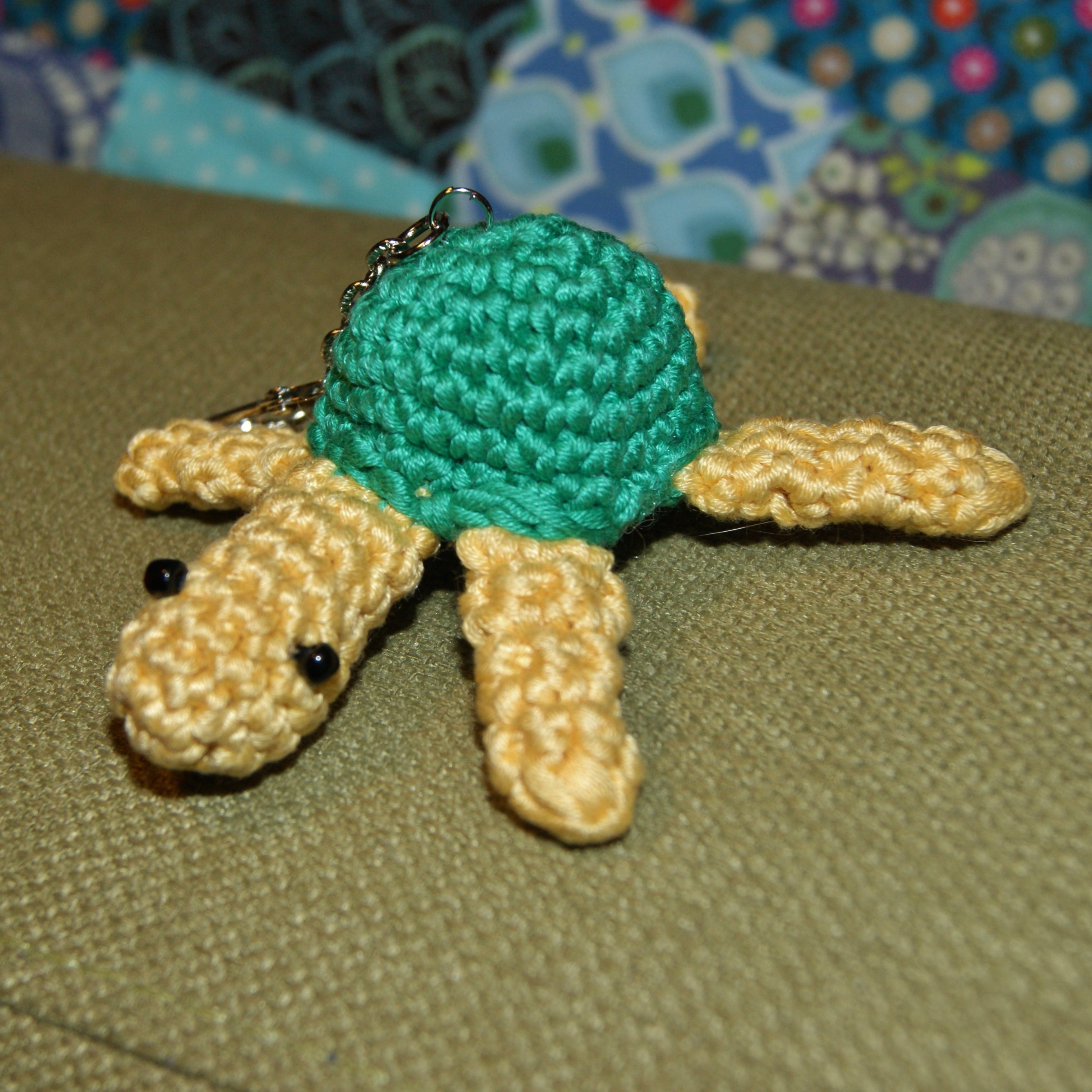 Knitting Eastern European Style : Crochet tea cosies turtles and relearning to knit