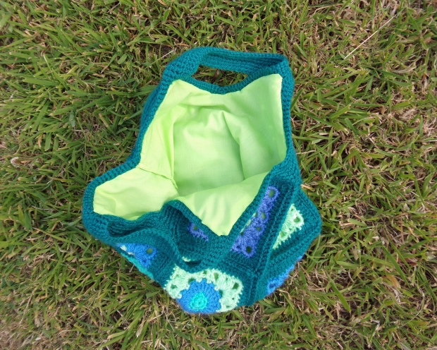 Granny square bag lining