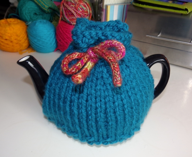 Super chunky tea cosy