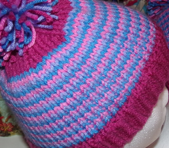 close up helix knitting