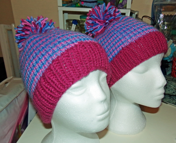 Barber stripe bobble hats - helix knitting