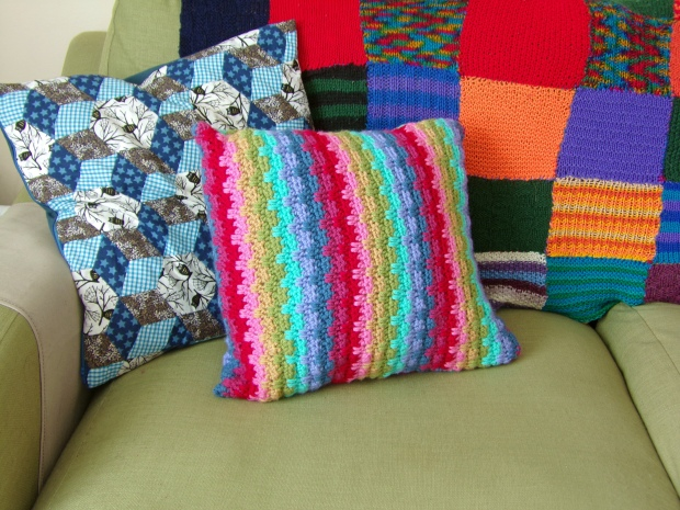 Rainbow raindrops cushion