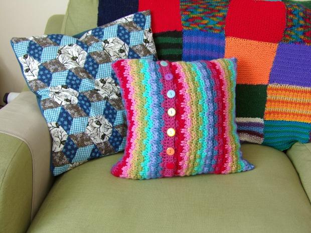 back of raindrops cushion