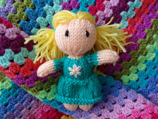 Let's knit Daisy May Dolly