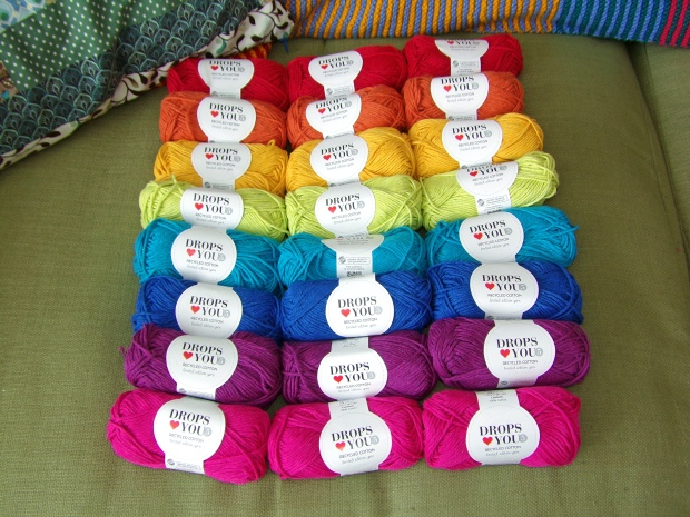 Drops yarn rainbow