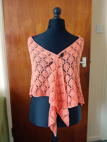 Lacy leaf knitted shawl front