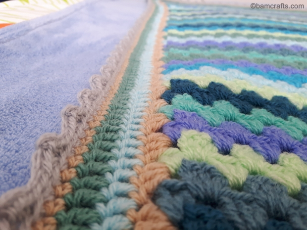 close up border of granny stripe